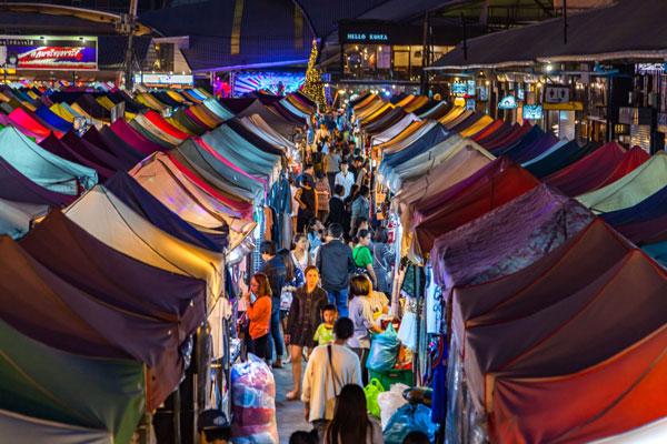 Khám phá chợ đêm Bangkok