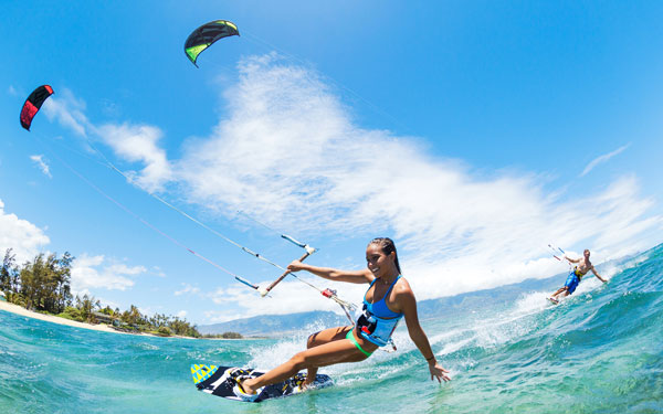 Trải nghiệm lướt ván nước ở Pattaya.